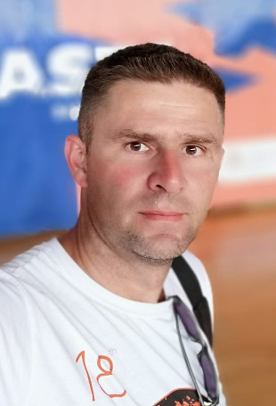 Игор Красић